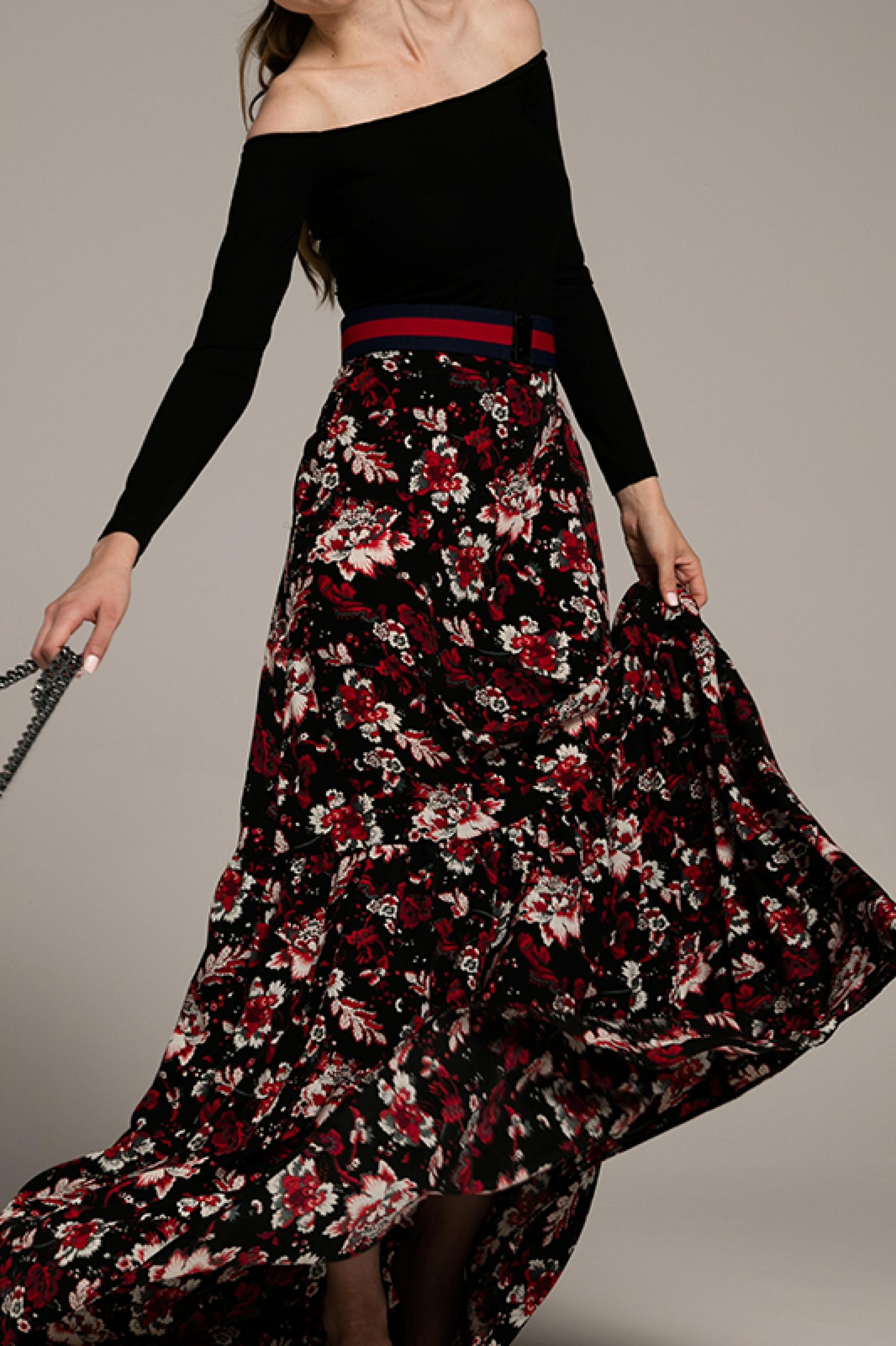Tylko na zewnątrz Długa spódnica w kwiaty - Gust Gust KH01