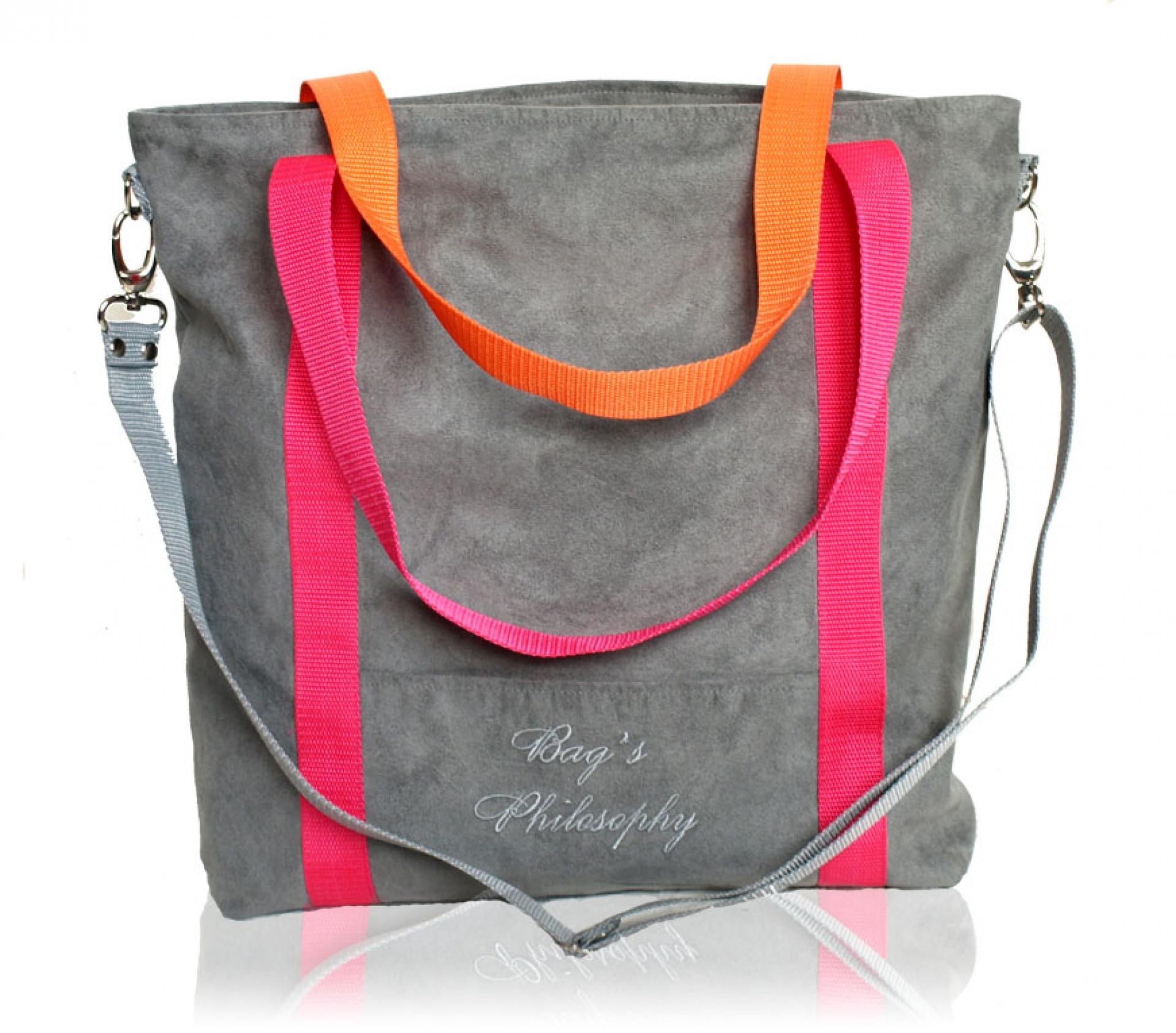 6508e1cba3df4 ... Szara zamszowa torba na ramię z różowymi i pomarańczowymi paskami ...